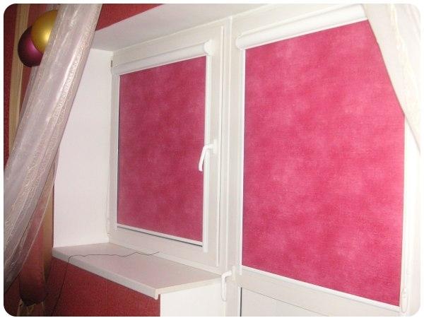 Рулонные шторы для кухни или жалюзи